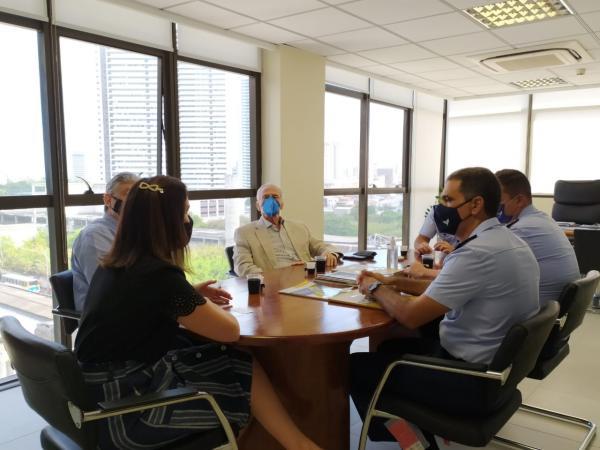 Encontro abordou temas ligados a parcerias com o SENAI, reforçando a realização de programas de capacitação, parte do Projeto Soldado Cidadão