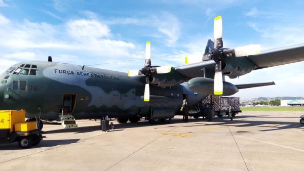 Transporte foi realizado nesta quinta-feira (18) pela aeronave C-130 Hércules