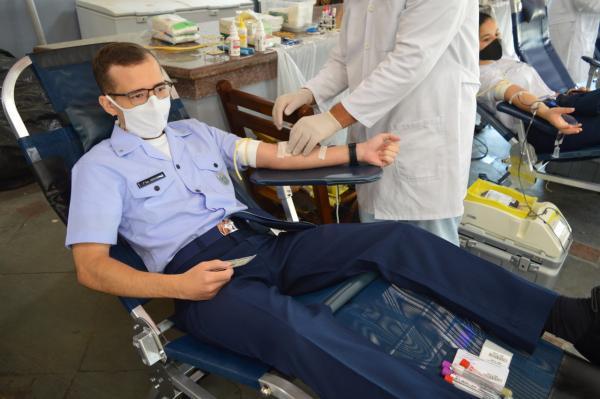 Ação teve como objetivo auxiliar na reposição dos estoques na rede hospitalar que envolve todo efetivo da Força Aérea