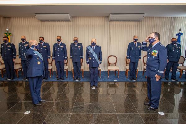 Tenente-Brigadeiro do Ar Luis Roberto do Carmo Lourenço passou o cargo ao Major-Brigadeiro do Ar Ricardo Reis Tavares