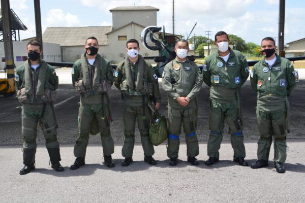 Comandante do 3º Distrito Naval, Vice-Almirante Noriaki Wada, visita instalações do Segundo Esquadrão do Quinto Grupo de Aviação (2º/5º GAV)
