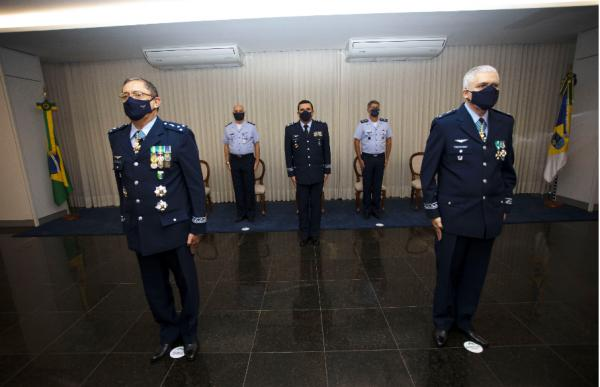 Cerimônia de Passagem de Chefia aconteceu nesta sexta-feira (14) e contou com a presença do Comandante da Aeronáutica