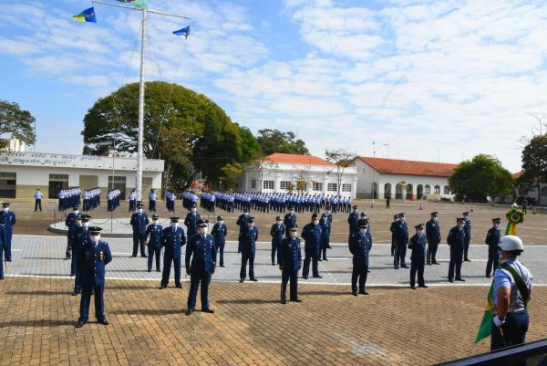 """Desde o ano de 1949, a """"Nascente do Poder Aéreo"""" vem preparando o futuro cadete aviador da Força Aérea Brasileira"""