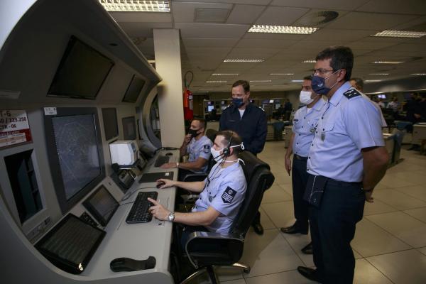 Método visa otimizar o sequenciamento das aeronaves em descida para pouso no Aeroporto de Guarulhos