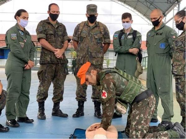 A atividade faz parte da manutenção da capacitação dos recursos humanos componentes dos meios aéreos da Força Aérea Brasileira