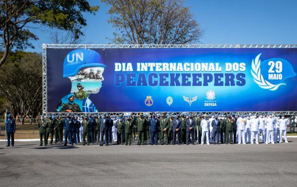 Cerimônia em homenagem aos Boinas Azuis — militares que participam e participaram das missões de paz da Organização das Nações Unidas (ONU) — ocorreu nesta terça-feira (08)