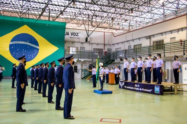 Grupamento de Concludentes em cerimônia de Conclusão