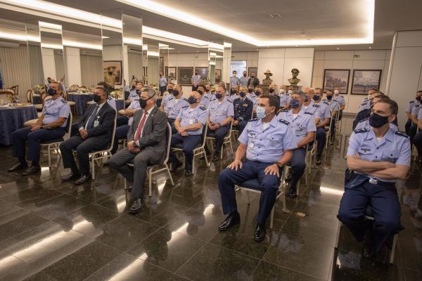 Objetivo é promover a interação e o diálogo dos Oficiais de mais alto nível de decisão da Instituição com representantes de diferentes setores da sociedade