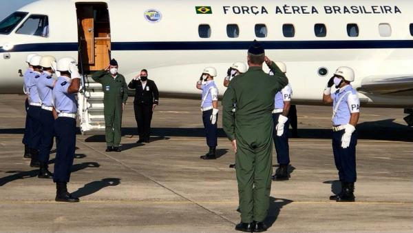 Visitaram a Ala 2 militares do Comando de Preparo, da Comissão Coordenadora do Programa Aeronave de Combate e do Grupo de Trabalho Fox