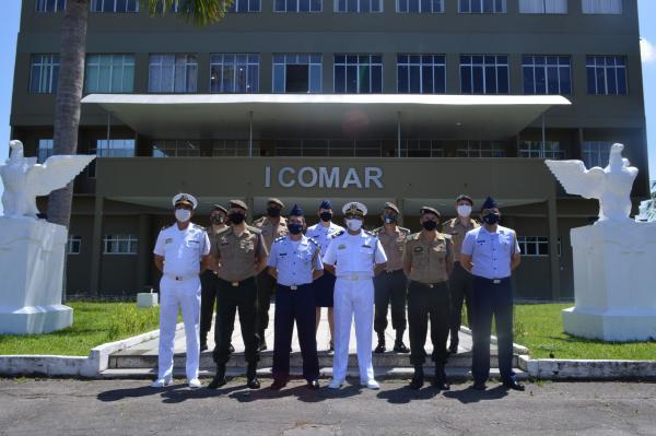 O objetivo foi promover a integração e a troca de experiências para o aprimoramento profissional no assessoramento dos respectivos Comandos