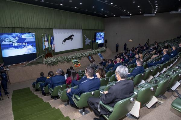 Cerimônia ocorre todos os anos, na Ala 2, em Anápolis (GO) e reúne militares da Aviação de Caça