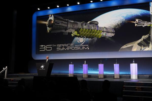 Evento, realizado no estado do Colorado, reuniu líderes da área espacial de vários países do mundo para discutir, abordar e planejar o futuro do espaço