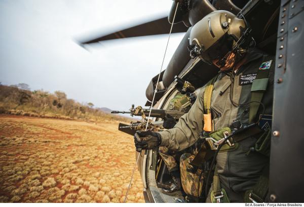 Interoperabilidade entre Forças Armadas e interação com a Força Aérea dos Estados Unidos marcaram a quarta edição do treinamento