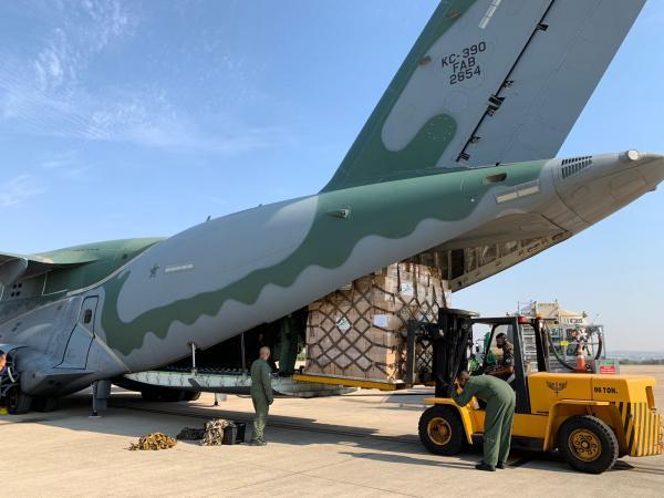 Operação faz parte da Missão Humanitária Multidisciplinar do Governo Brasileiro que já transportou bombeiros, suprimentos e equipamentos para ajudar as vítimas do terremoto no país caribenho