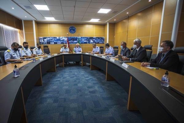 Autoridades discutiram sobre atividades que têm o propósito de compartilhar experiências operacionais e conhecimentos técnico-profissionais entre as duas Forças Aéreas