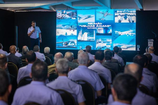 Alusivo ao Mês da Asa, que comemora o Dia do Aviador e da Força Aérea Brasileira, o evento foi realizado no Clube de Oficiais da Aeronáutica, em Brasília (DF)