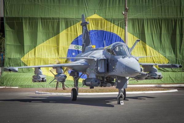 A réplica em tamanho real do novo caça multimissão da Força Aérea Brasileira (FAB) ficará aberta à visitação, no interior do centro de compras e experiências do Parkshopping, de 9 a 24 de outubro.