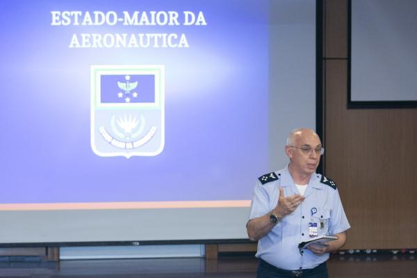 Evento, realizado em Brasília (DF), visa à atualização sobre o andamento dos processos de desenvolvimento e aquisição das novas aeronaves da FAB