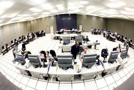 Terceira reportagem da série sobre o futuro do controle de tráfego aéreo mostra como será realizada a vigilância aérea no Brasil e no mundo